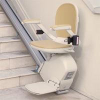 Außenbereich-Treppenlift-von-Acorn.jpg